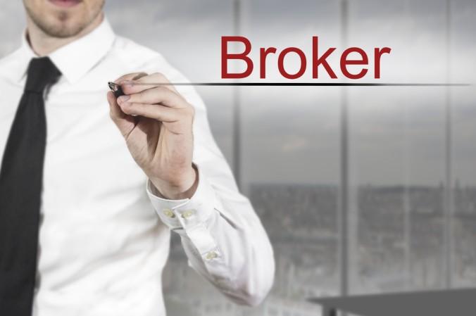 Die Qual der Wahl beim Eröffnen eines Aktiendepots: Was ist besser: Beim Broker oder bei der Hausbank (#1)