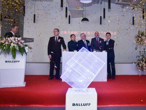 Feierliche Eröffnung des Balluff-Erweiterungsbaus.