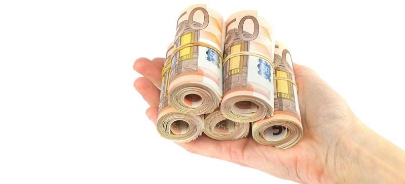 Die Höhe der Auszahlungen wird nicht allein durch die Kapitalsumme und die Gebühren bestimmt. (#03)