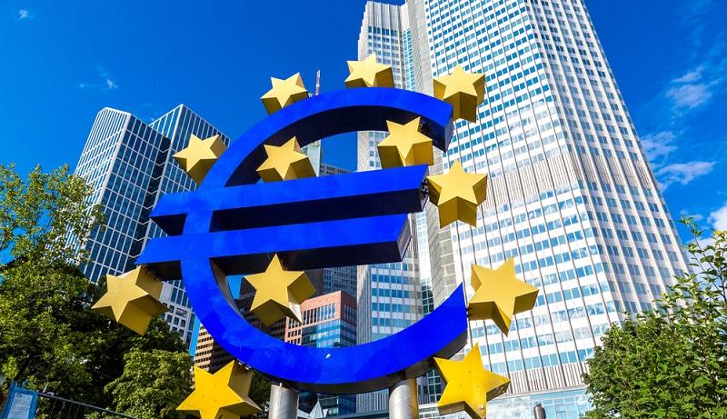 Banken aus der Eurozone haben die Möglichkeit, von der EZB Geld zu leihen.(#02)