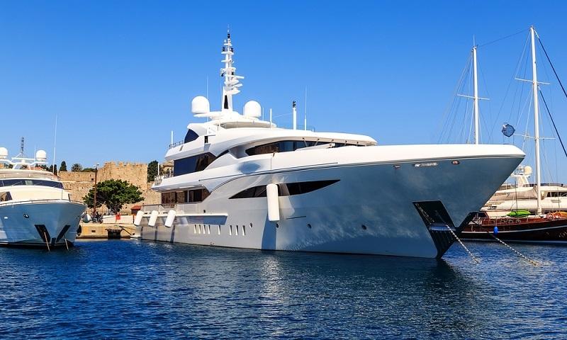 Optimisten beziehen sich auf einen Anstieg in der Nachfrage nach Charterschiffen, der in den vergangen Monaten weltweit zu verzeichnen war.(#05)