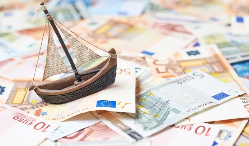 Ein Nachteil, selbst für sehr gute Schiffsfonds, ist die hohe Mindesteinlage. Diese liegt häufig zwischen 10.000 und 20.000 Euro.(#01)