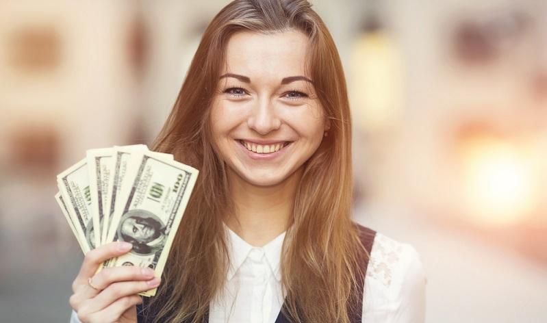 Anleger können davon ausgehen, dass der Dollar immer eine starke Währung ist. Dabei ist vor allem in den letzten Monaten zu beobachten, dass er nahezu täglich an Grund gewinnt. (#02)