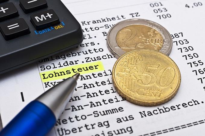 Ein Rechner für den Brutto Netto Unterschied beim Gehalt ermittelt Ihnen exakte Werte für die fälligen Steuerabzüge und Abgaben – beim Minijob, Midijob, Teilzeitbeschäftigung und Vollzeitstelle. (#01)