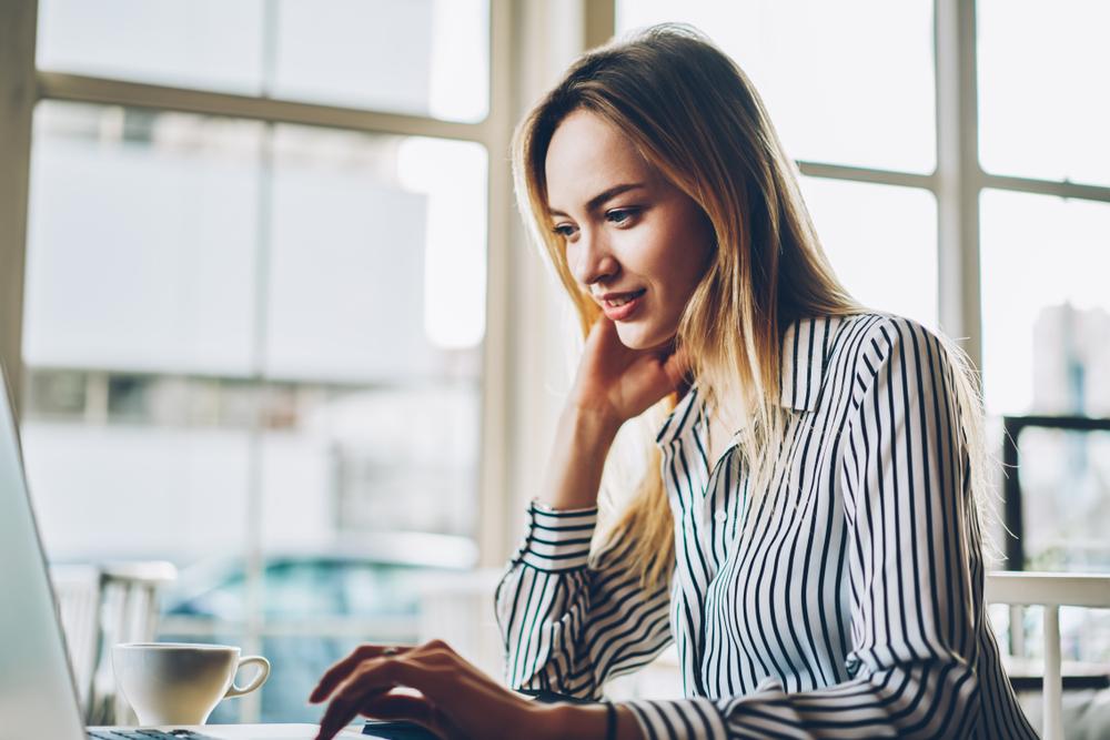 Die Digitalisierung bietet ebenfalls neue Optionen des Geldverdienens. Man kann als Clickworker kleinere Jobs im Internet bekommen oder als Spiele-Tester das Angenehme mit dem Nützlichen verbinden. (#01)