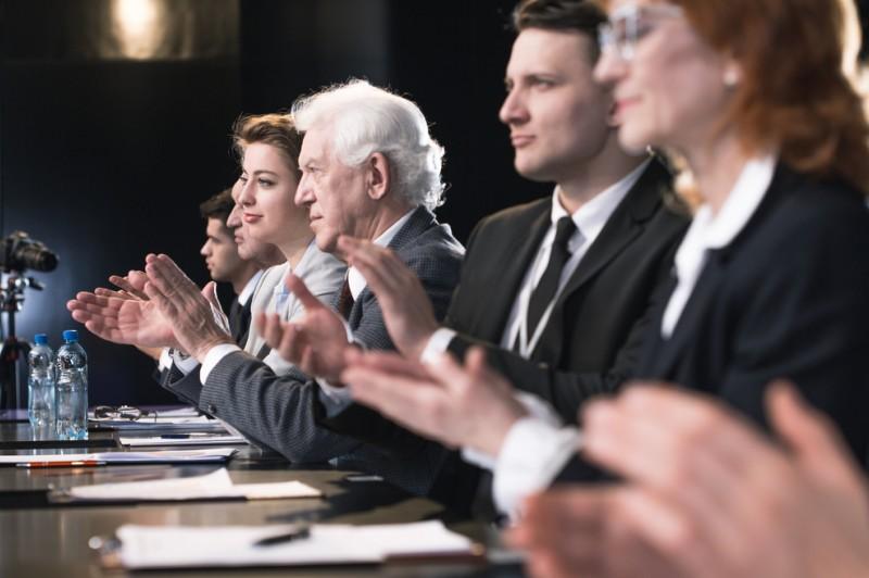 Die Organe der Aktiengesellschaft sind der Vorstand, der Aufsichtsrat sowie die Hauptversammlung. (#3)