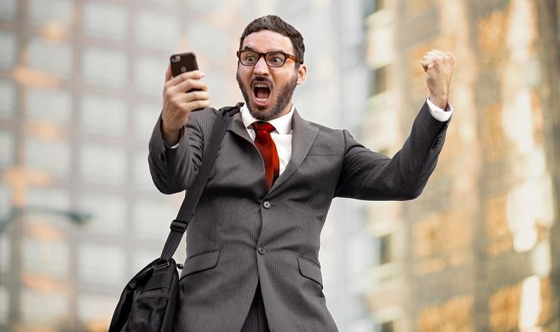 Die fortschreitende Digitalisierung macht die Suche nach der richtigen Anlagemethode leichter.  ( Foto: Shutterstock-_El Nariz)