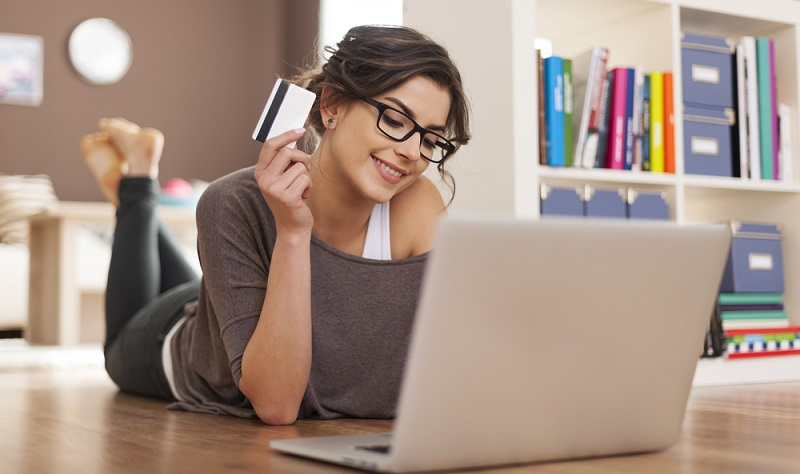 Ein hoher Bonitätsscore garantiert vielleicht nicht den gewünschten Kredit in sechstelliger Höhe, doch er steigert die Wahrscheinlichkeit für die Bewilligung des Antrags ungemein. (Foto: Shutterstock-gpointstudio)